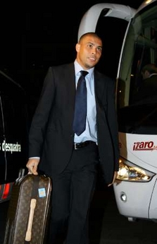 Photo: Ronaldo arrives in Barcelona